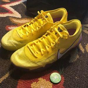 meet f6dda dd77e Men s Nike Kobe 8 Shoes on Poshmark